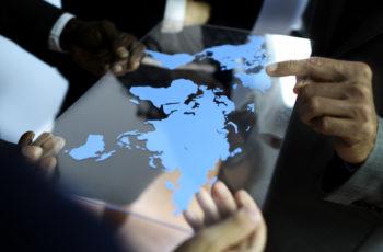 Quais os trâmites legais para a realização do comércio exterior?